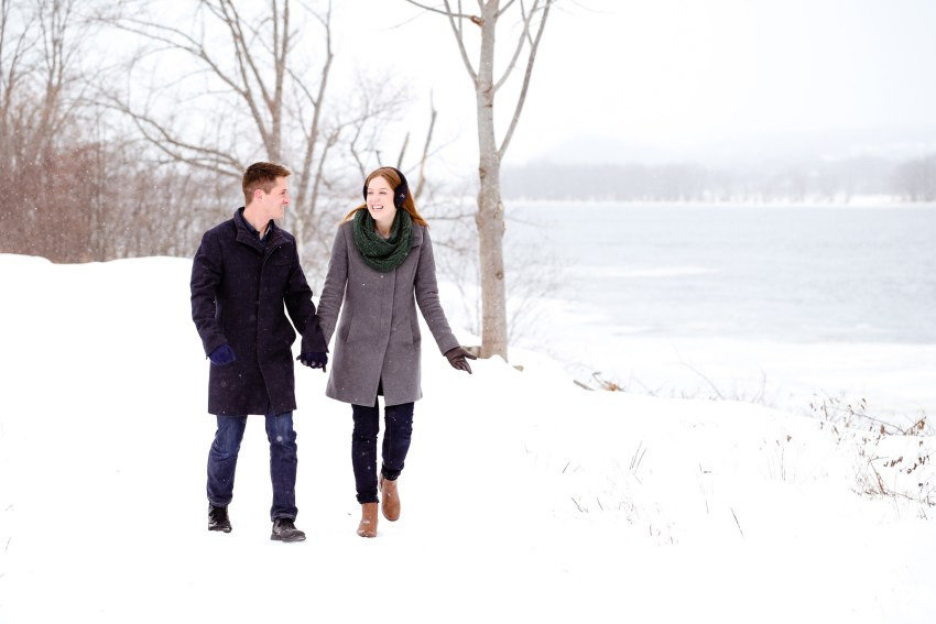 015-snowy-engagement-portraits-fredericton-kandisebrown
