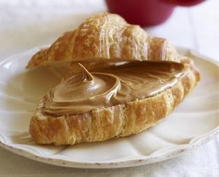 croissant biscoff