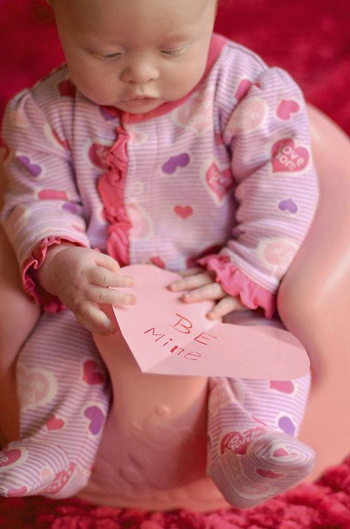 Arabella-baby-valentine-portrait-knoxville-31