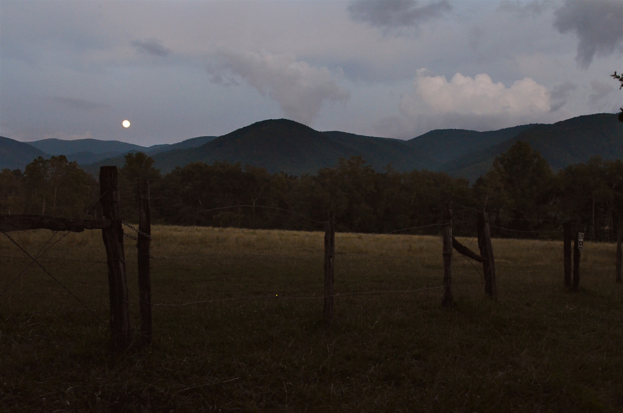 Cades-Cove-by-Moonlight-3