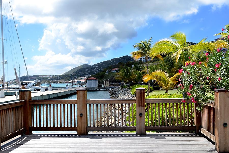 Saint-Thomas-Port-Boardwalk