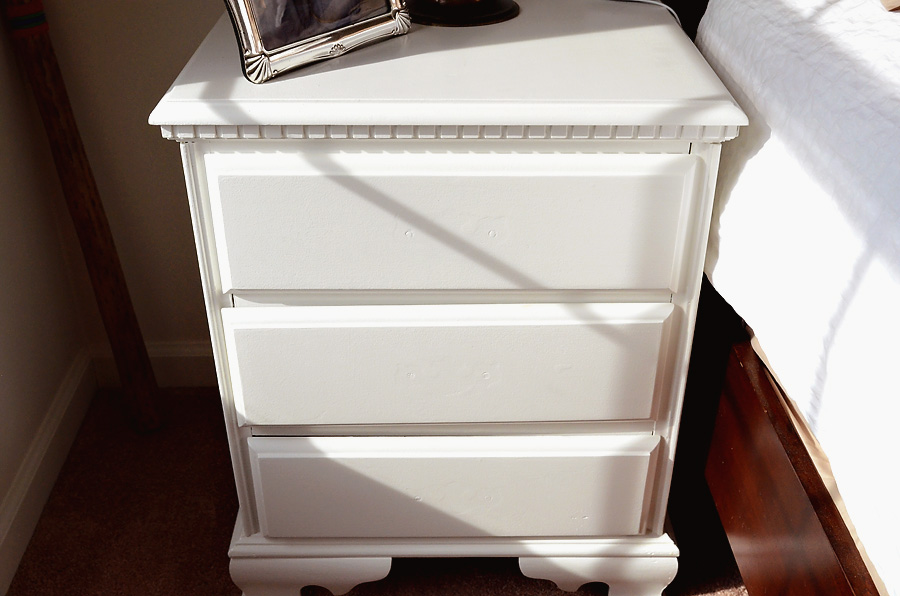 nightstand-painted-after-3