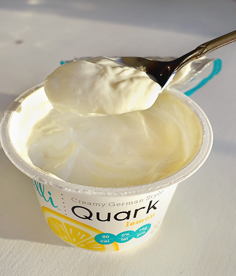Elli Quark Review Lemon
