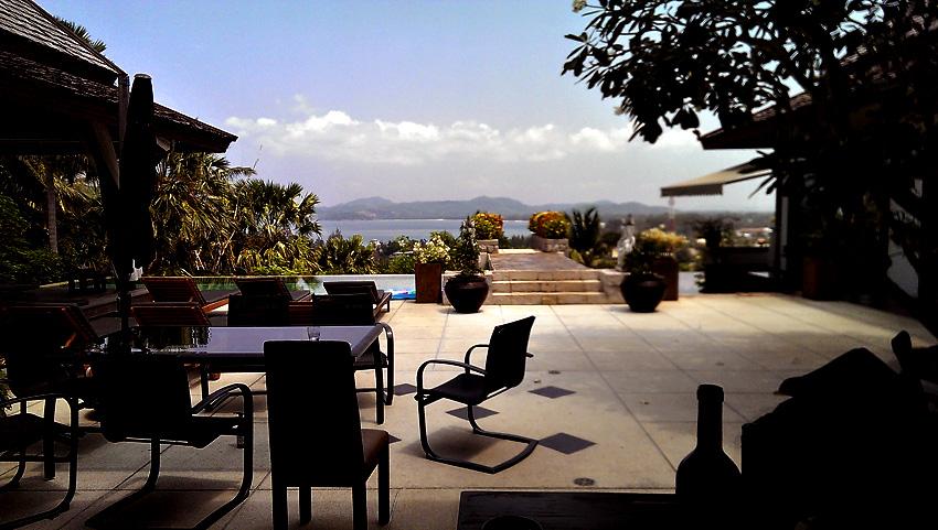 villa-sanyanga-terrece-view