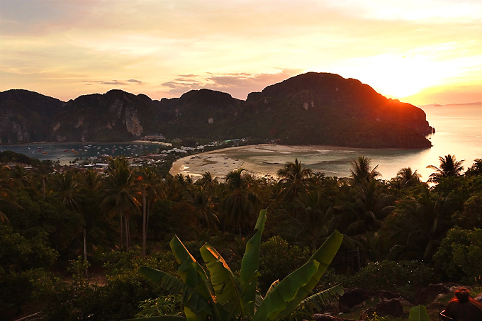 Phi-Phi-Viewpoint-Sunset-01