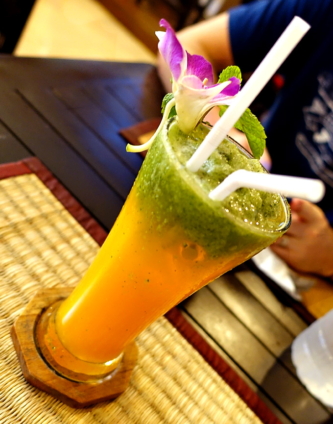annas-restaurant-oj-cucumber-mint-cooler