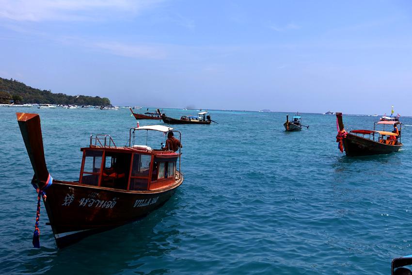 longtail-boats-at-ao-nang-docks