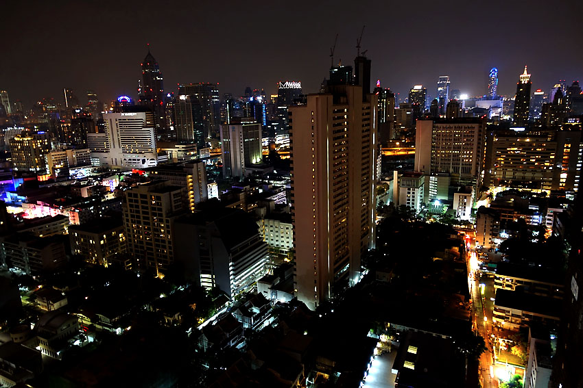 above-eleven-bangkok-skyline-2