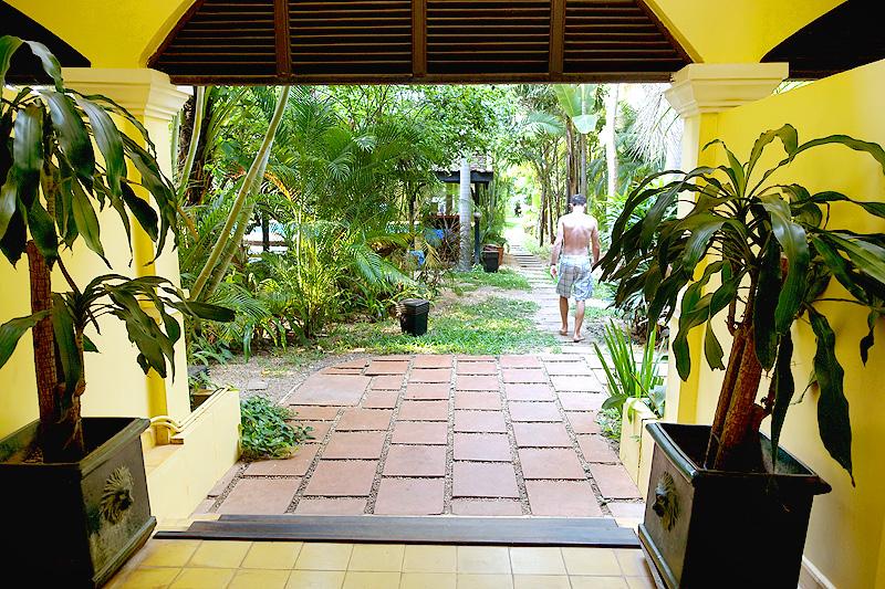 Pavillon-d'Orient-Garden-03