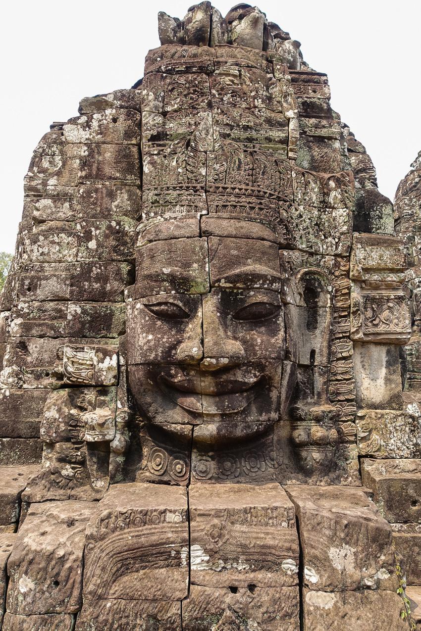 angkor-wat-angkor-tom-bayon-face-3