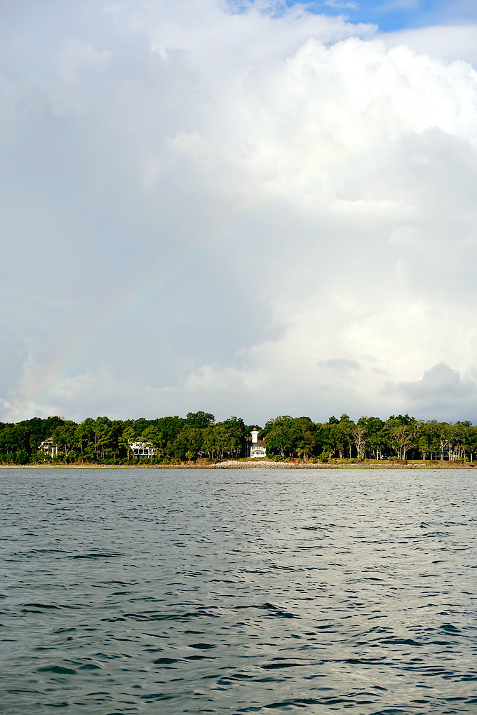 Hilton-Head-Island-Dolphin-Boat-Tour-Dauphin-Island-Rainbow-02