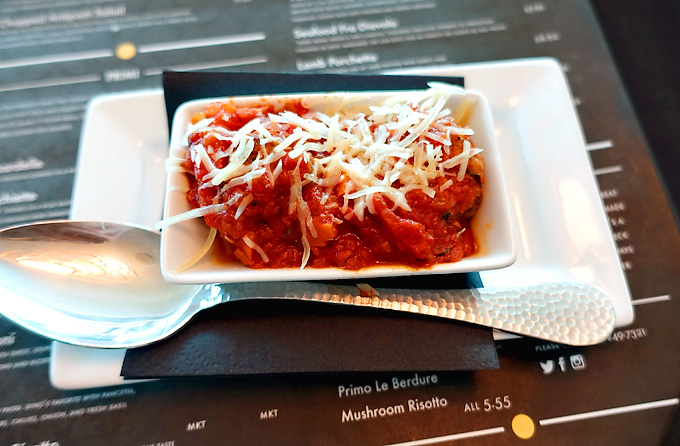 Primo-Italian-Restaurant-Sunsphere-Knoxville-Meatballs-02