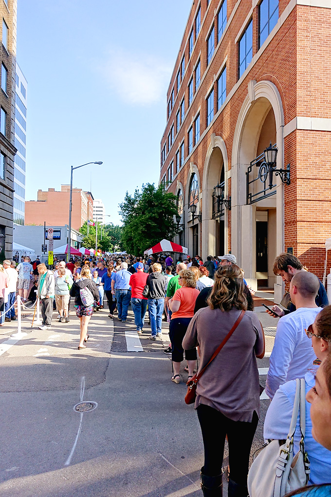 Knoxville-2016-International-Biscuit-Festival-01