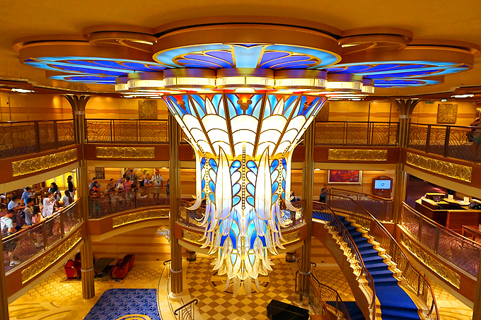 3-Day-Disney-Bahamian-Dream-Cruise-Atrium-Chandelier
