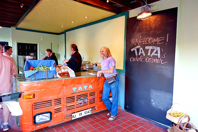 tatas-creole-corner-03