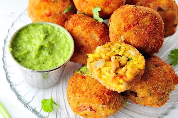 Arroz con Pollo Rice Balls with Spicy Cilantro Dip