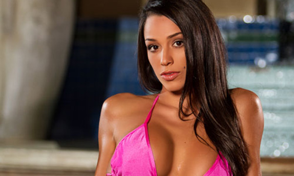 Kandy Girl of the Week – Monique Arce