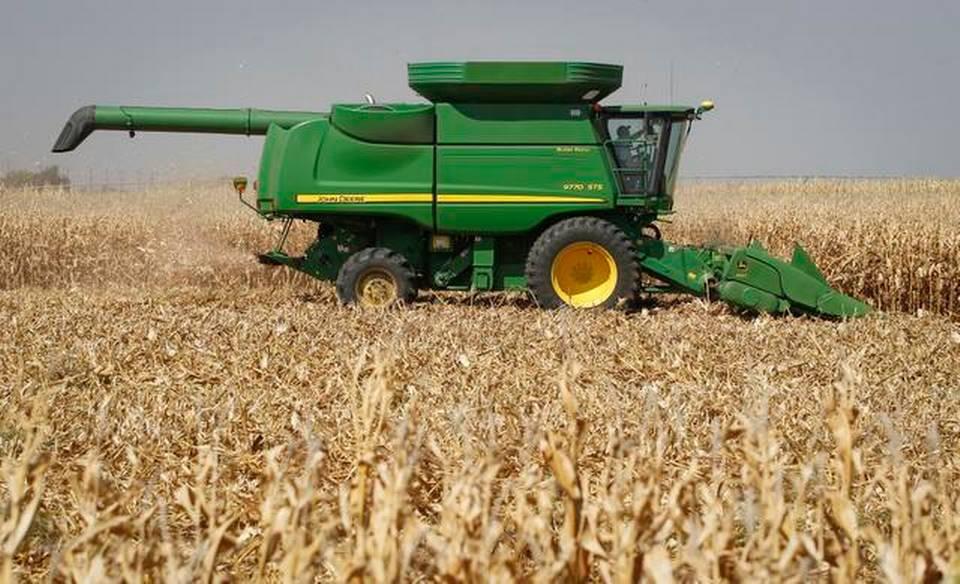https://i1.wp.com/www.kansas.com/news/business/agriculture/g3etzt/picture2069318/alternates/FREE_960/090914harvest_th5.JPG