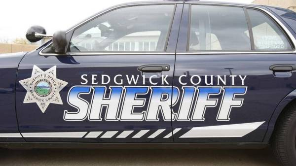 Scammers posing as callers for Sedgwick County Sheriff's ...