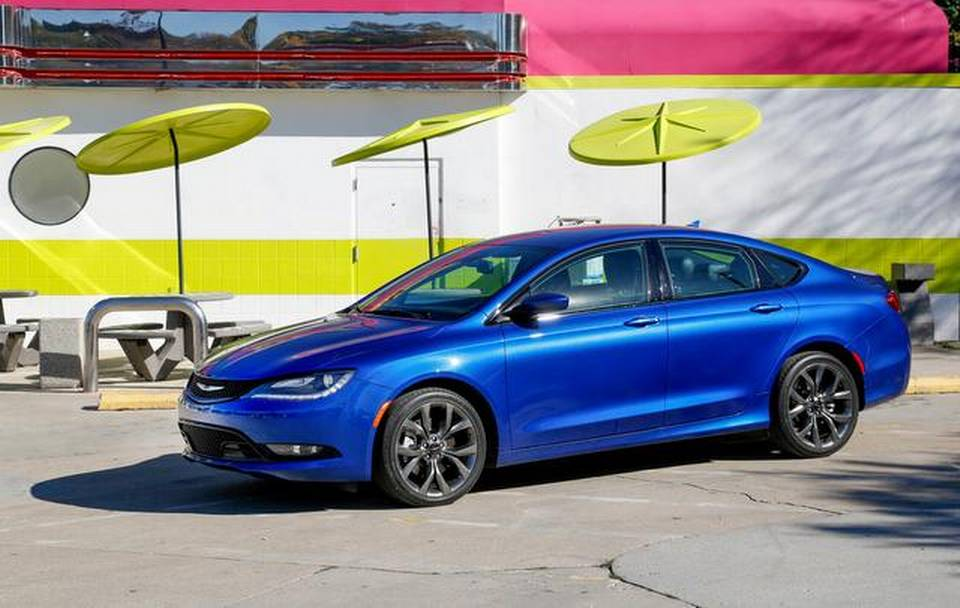 The 2015 Chrysler 200S AWD