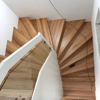 Treppe mit Abstellraum