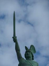 Hermannsdenkmal Schwert 7 m lang und ca. 550 kg schwer