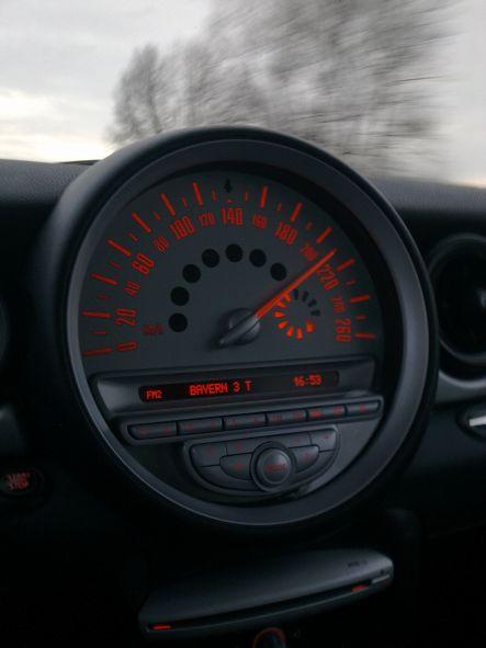 mini210