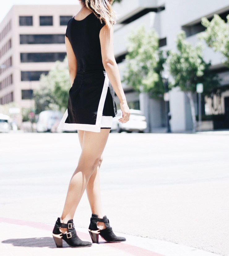 pleated_mini_skirt