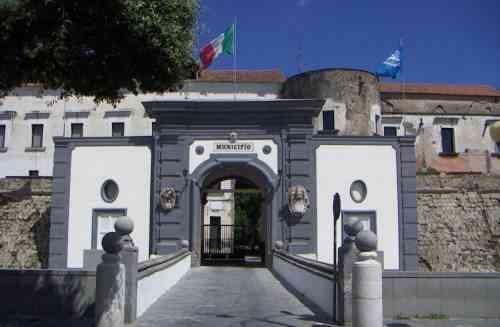 Acerra (NA), il sindaco Lettieri scrive al Santo Padre