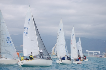 XXXVI Campionato Nazionale Open J24 al via a Marina di Carrara