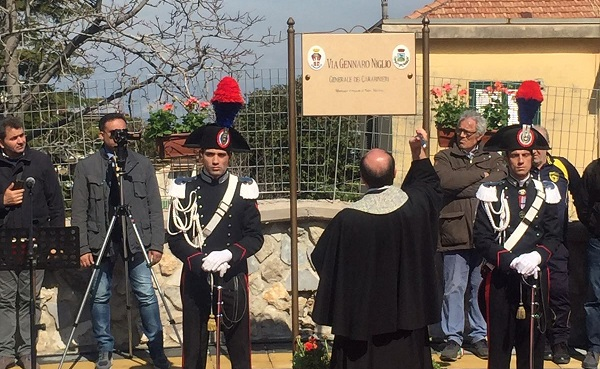 CORBARA INTITOLA STRADA AL GENERALE DEI CARABINIERI GENNARO NIGLIO