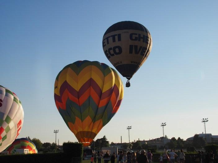 """""""Festival delle mongolfiere"""", tornano i giganti dell'aria all'Ippodromo di Treviso"""