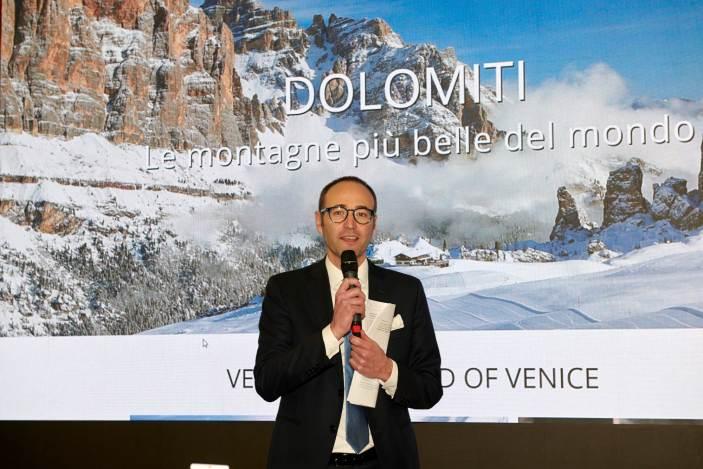Assessore Veneto propone meno tasse ai vacanzieri italiani