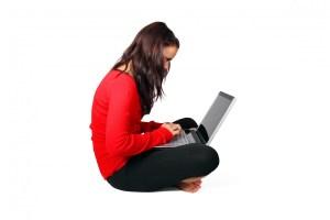 Adolescenti e Media: Cyberbullismo, Web reputation e comportamenti online