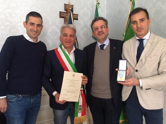 Medaglia d'oro assegnata al Comune di Sant'Anastasia