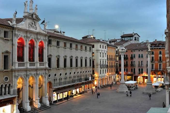 Veneto, accordo con Regione per la rinascita di Vicenza