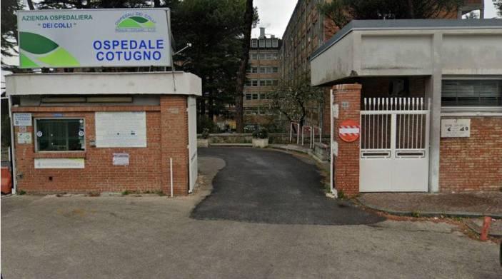 Covid 19, Ordine architetti dona 35mila euro al Cotugno di Napoli