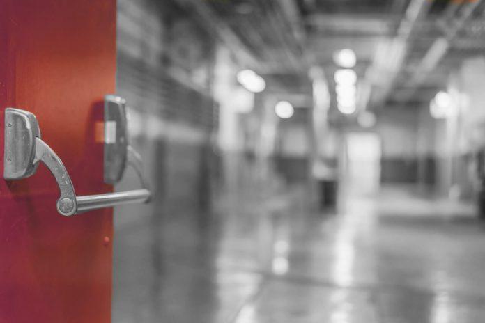 Sistemi antincendio nelle scuole, il MIUR approva 21 progetti nel napoletano