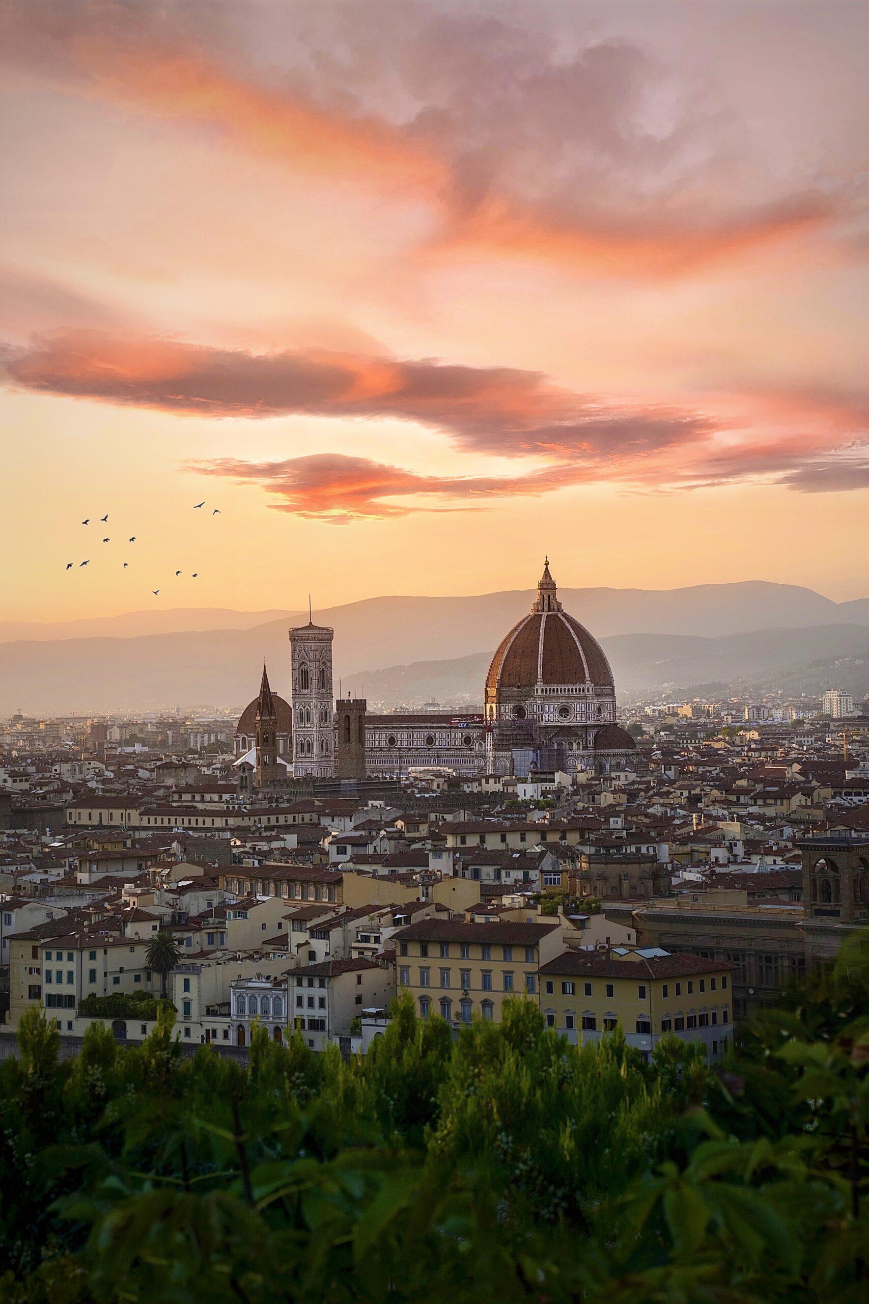 5 libri per imparare l'italiano: cultura e grammatica per godersi la dolce vita