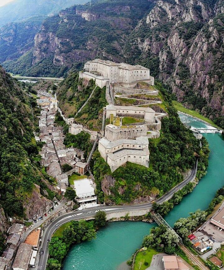 Borghi Nord Italia: Forte di Bard