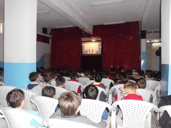 Rauf Nail Akman İlkokulu