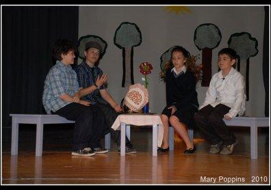 Φανή Καράτζου | Θεατρική Παράσταση 2010 image 4
