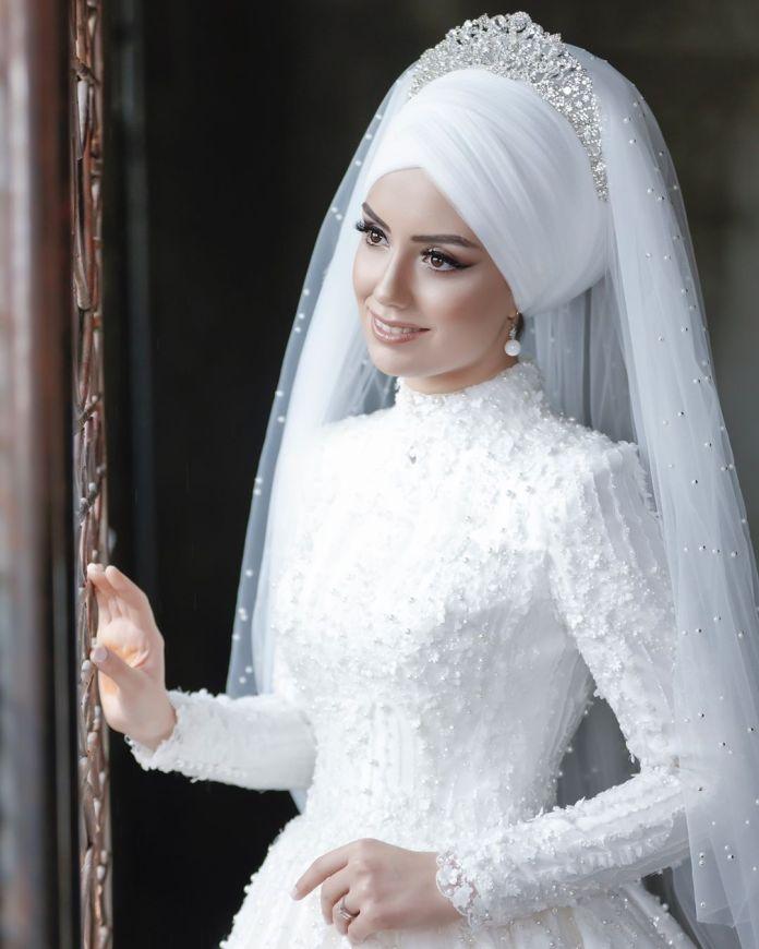 صور| فساتين زفاف محجبات لعروس 2019