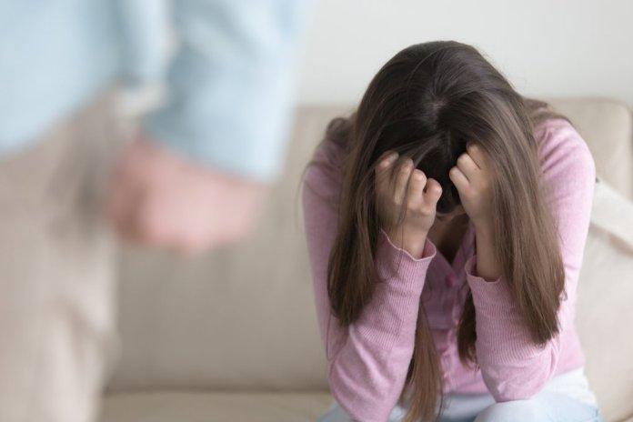 ما الذي يجعل الرجل يهرب من العلاقة العاطفية؟