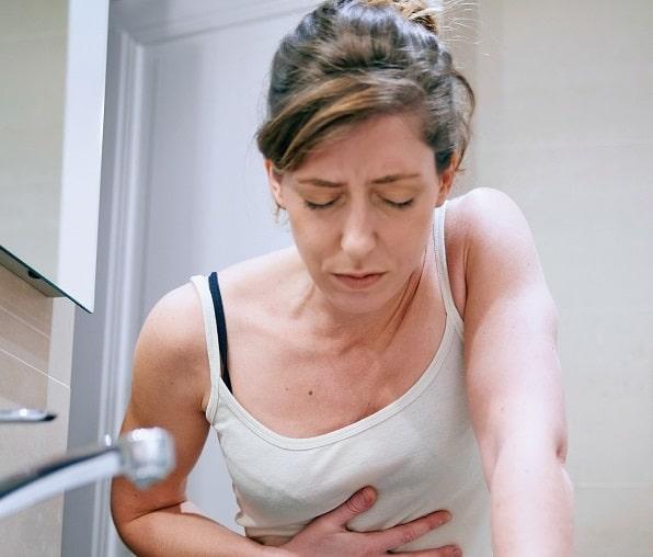 أعراض الحمل المبكرة .. منها تورم الثديين