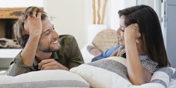 حركات رومانسية يريد زوجك أن تتعلميها