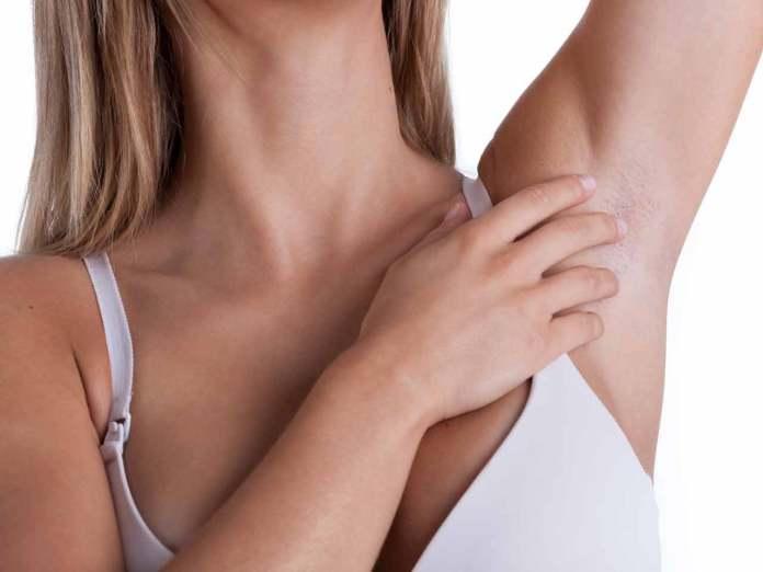 علاج الحبوب تحت الجلد في المناطق الحساسة