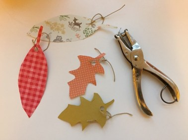 DIY Thankful Tree with Lauren Henderson for #LoveYourLifeFriday at karenehman.com. Perfect for Thanksgiving or year-round. Click here for tutorial.