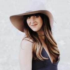 Kenna Ehman, contributor for #LoveYourLifeFriday at karenehman.com