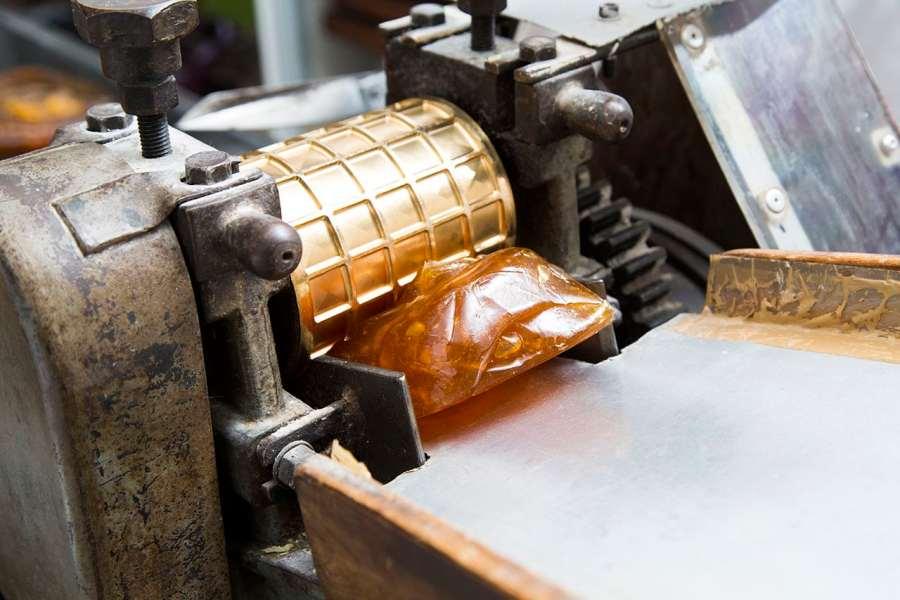 façonnage de la pâte bergamote